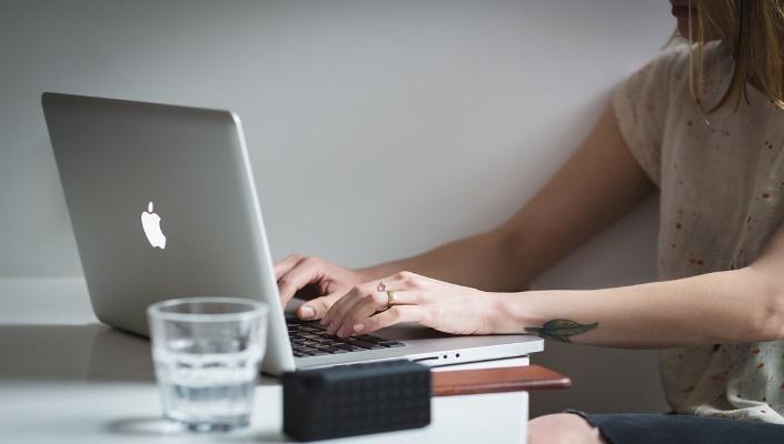 mamma lavoratrice- copywriter freelance