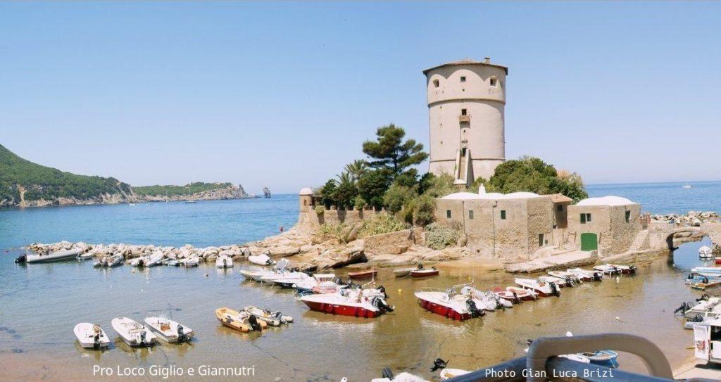 isola del giglio con bambini-castello